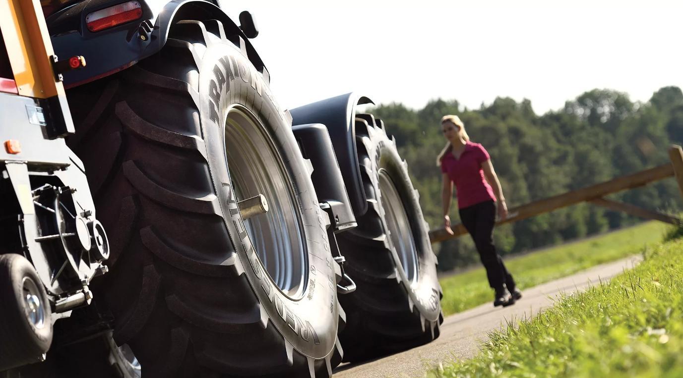 Шиномонтаж шин тракторов