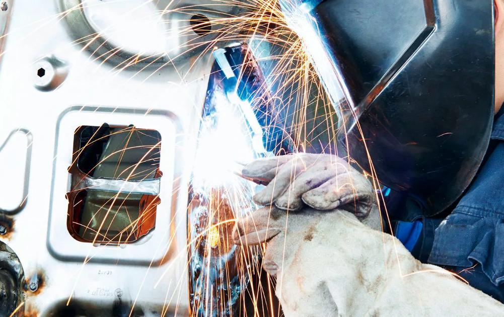 ремонт кузовов, будок, прицепов и полуприцепов